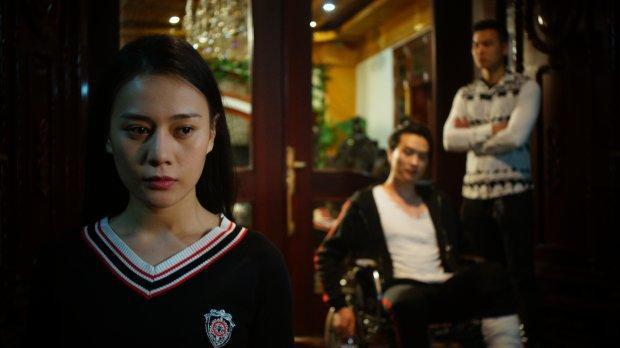 Nữ chính của Quỳnh búp bê: Hễ đóng vai khổ là phim cũng lận đận chẳng kém!