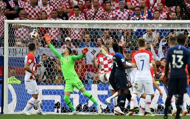 Đè bẹp Croatia, Pháp lần thứ 2 vô địch World Cup