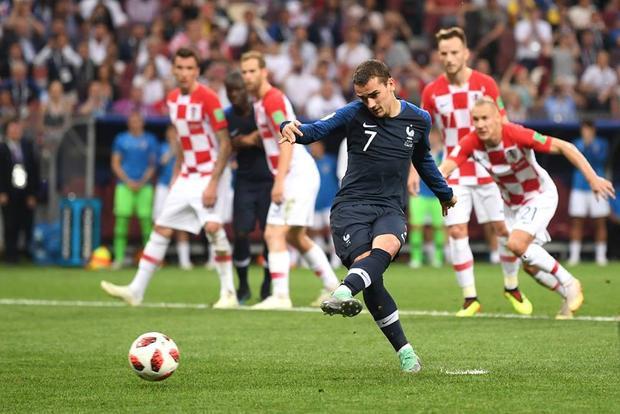 Qủa phạt đền định mệnh của Pháp làm thay đổi số phận trận chung kết. Ảnh: FIFA