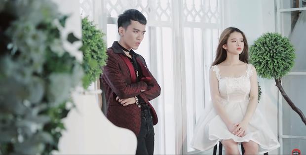 Cover hit BTS và nhận về 158.000 dislike, Linh Ka bị netizen Hàn dập không thương tiếc