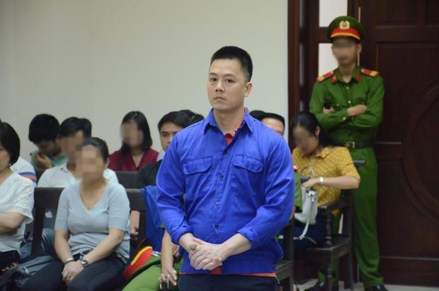 Cao Mạnh Hùng trong phiên xét xử phúc thẩm chiều 16/7.