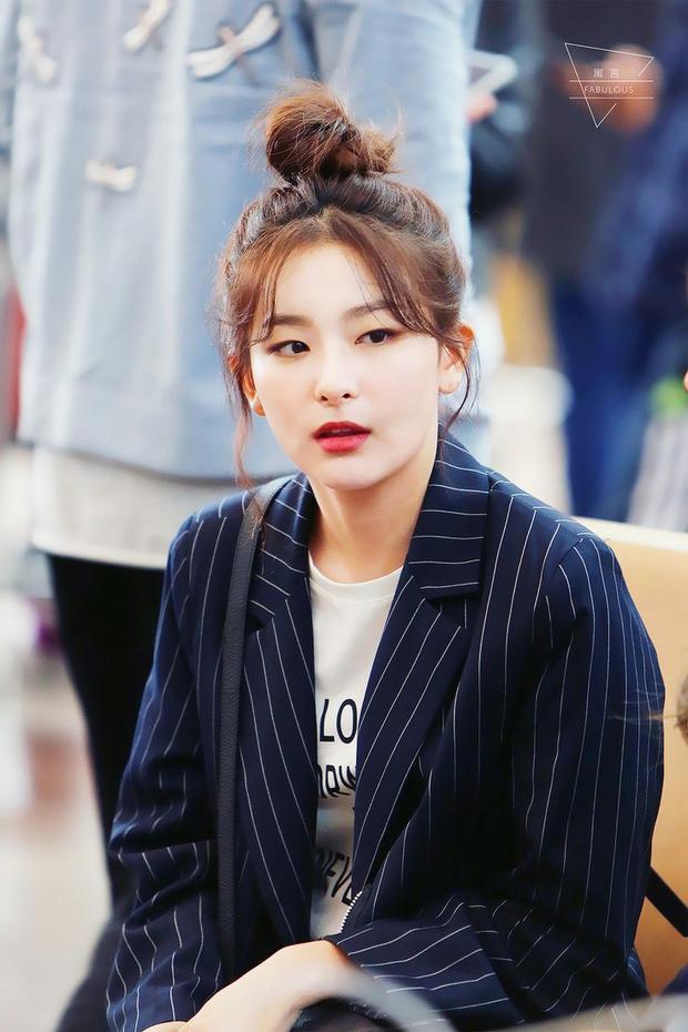 Cô là idol nữ duy nhất ở SM Ent có mắt 1 mí.