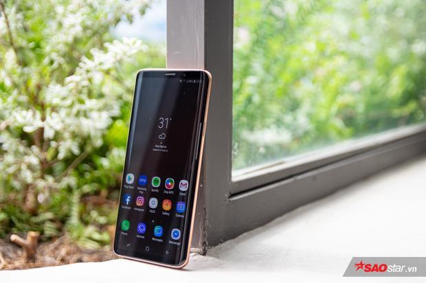 Không phải băn khoản về hiệu năng là đặc quyền của những ai đang sở hữu những chiếc điện thoại cao cấp mà Galaxy S9+ là một ví dụ