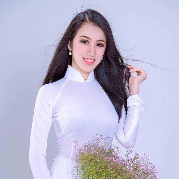 Gần đây nhất, Tuyết Trang tham dự Hoa hậu Hoàn Vũ 2017