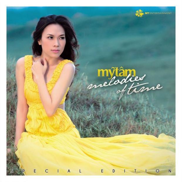 Hay dự án M.O.T. 1011 (Melodies of time 2010 - 2011), nữ ca sĩ đã cho phát hành sách ảnh, đĩa nhạc trữ tình mang tên Những giai điệu thời gian.