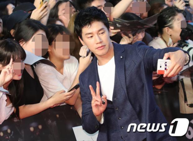Nam diễn viên Kim Moo Yeol.