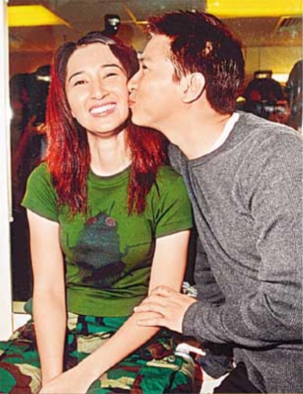 Những chuyện tình cổ tích đáng ngưỡng mộ của các diễn viên TVB (P2)