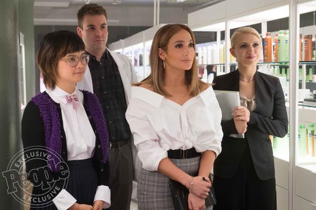 Vanessa Hudgens tái xuất, siêu sao Jennifer Lopez cũng không xin nổi việc làm trong phim 'Second Act'