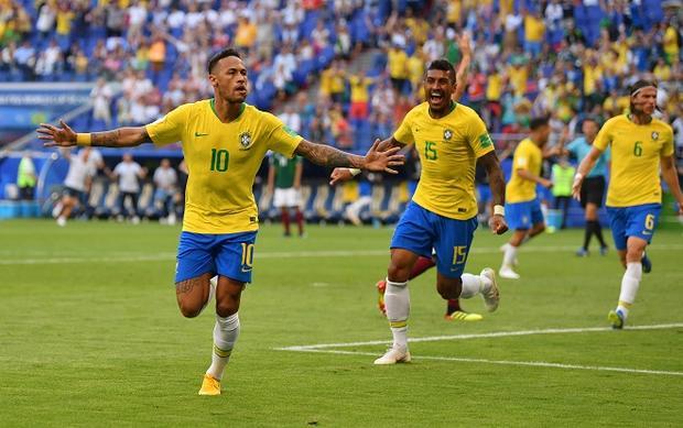 Neymar cam kết gắn bó với PSG. Ảnh: Fifa.com.