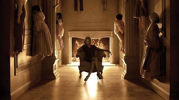 'American Horror Story' ra mắt tựa đề season 8, liên quan tới Nhà ma và Hội phù thủy