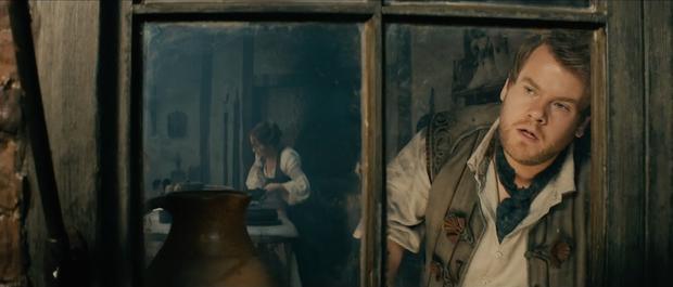 """James Corden gây dấu ấn với vai thợ làm bánh trong """"Into the Woods""""."""