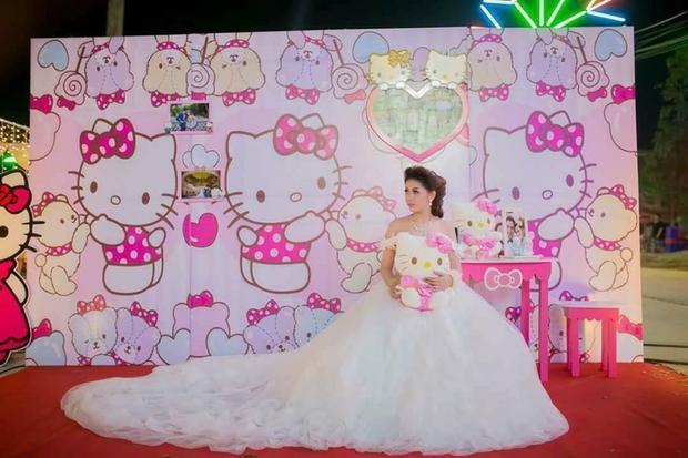 Cô dâu này khiến các fan cuồng Hello Kitty phải trầm trồ ngưỡng mộ