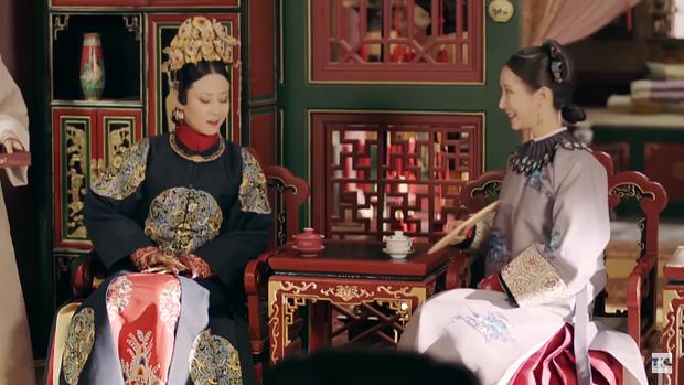 Cao Quý phi tức giận tột cùng trước bức Cung Huấn đồ được ban cho Trữ Tú cung, tuy nhiên, qua miệng lưỡi ngọt ngào của Gia Tần, cô cũng đã dần bình tâm lại.