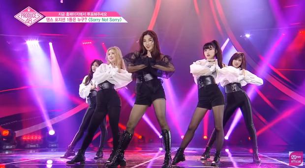 """Team Sorry Not Sorry gồm: Lee Chaeyeon, Go Yujin, Kwon Eunbi (center), Choi Yena và Ahn Yujin. Chắc chắn rồi, đây là """"team Avengers"""" của vòng này, 4/5 người thuộc top 12, riêng Go Yujin hạng 26 ở lần xếp hạng trước. Vì thế nên việc nhóm này được chú ý nhiều nhất tập 6 cũng không có gì đáng ngạc nhiên. 2 """"cỗ máy nhảy"""" Chaeyeon và Eunbi đã chứng tỏ được tài biên đạo của mình, khiến cả dàn HLV bất ngờ."""