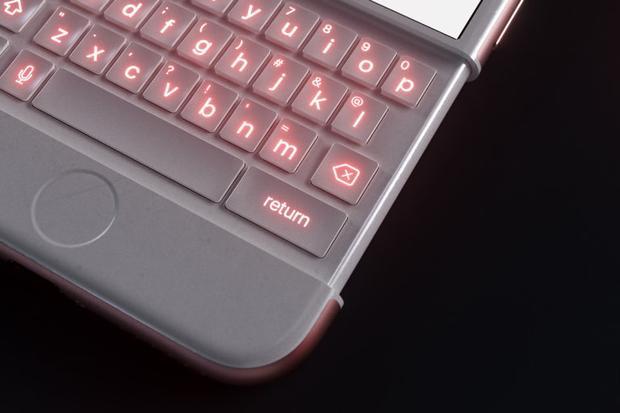 Bàn phím có đèn nền trùng với màu sắc thân máy. Ví dụ như chiếc iPhone bản vàng hồng có đèn nền vàng hồng.