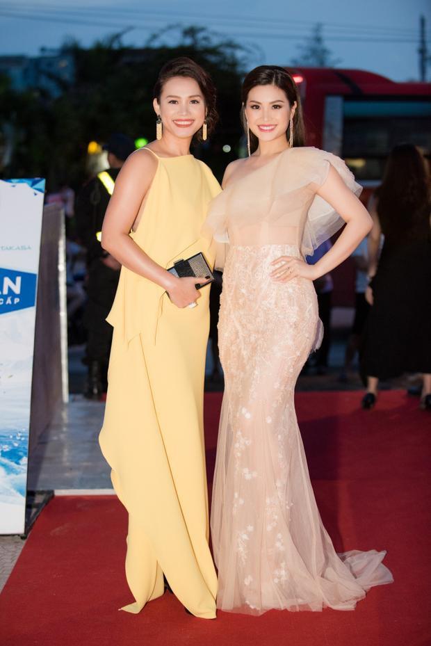 Sau 20 năm đăng quang Hoa hậu Việt Nam, nhan sắc xinh đẹp của Ngọc Khánh vẫn khiến nhiều người trầm trồ.