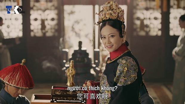 Riêng Cao Quý phi khiến cho cả hậu cung phẫn nộ vì quà mừng của mình.