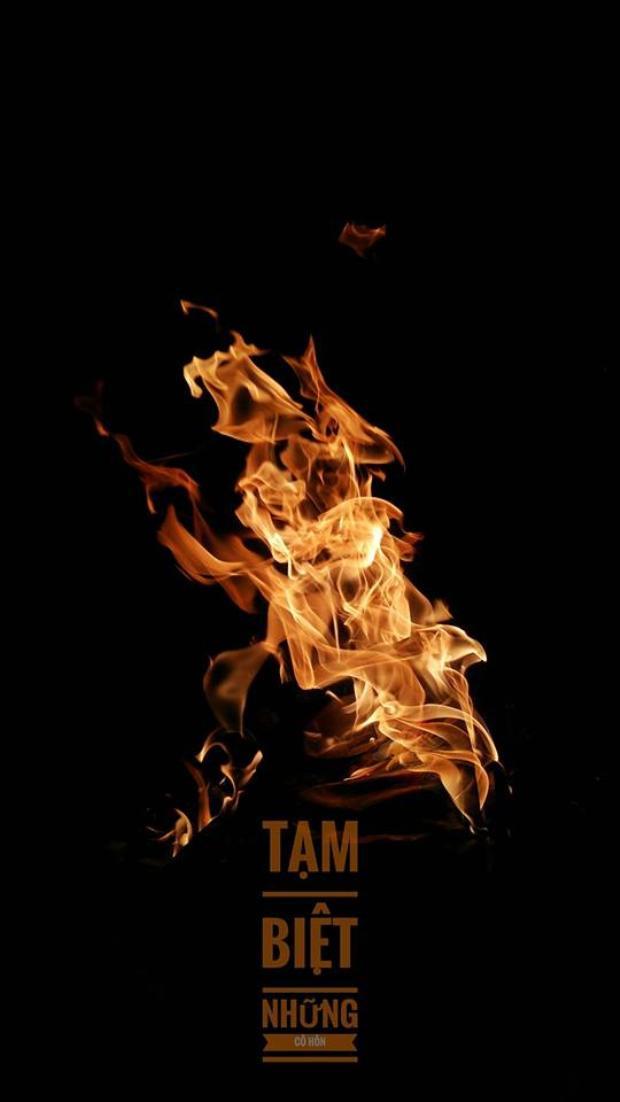 Một bức ảnh được chụp khi đốt vàng mã. Ảnh Hoàng Nguyễn.
