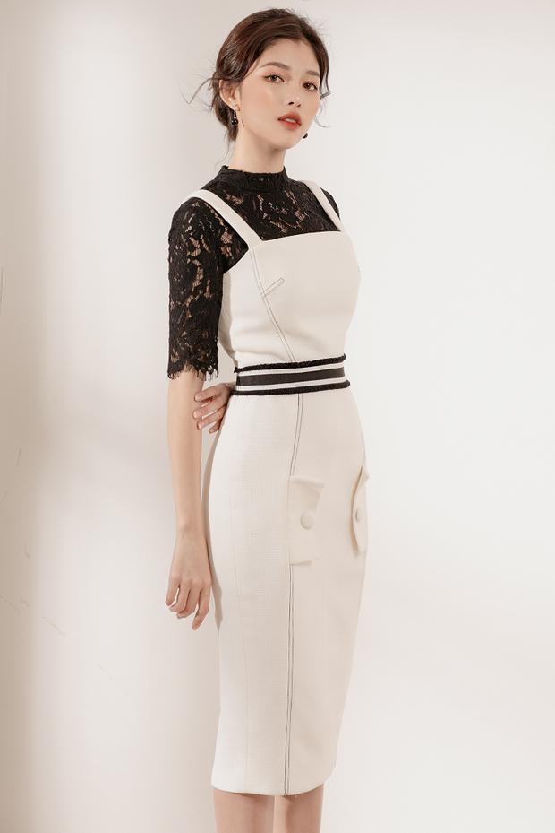 Áo đen ren kết hợp với chiếc đầm trắng dài kèm theo thắt eo bản to sọc trắng