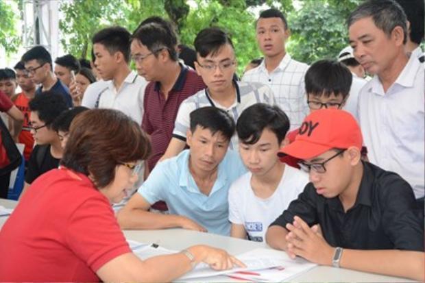 Các thí sinh có thể hoàn toàn yên tâm về công tác tuyển sinh Đại học năm nay.