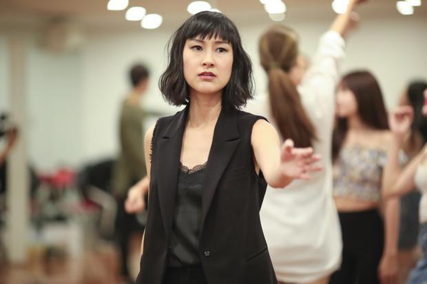 Bề dày kinh nghiệm diễn xuất 6 năm nhưng Ninh Dương Lan Ngọc vẫn tầm sư học đạo Kathy Uyên vì lý do này