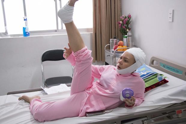 Việt Hương nhập viện vì đóng cảnh nguy hiểm mà không sử dụng diễn viên đóng thế