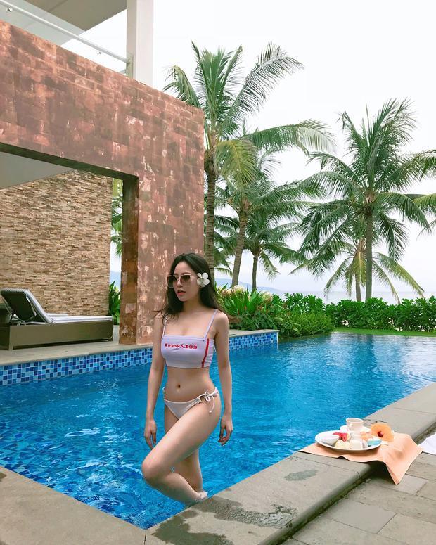 Siêng khoe ảnh bikini hậu World Cup, Trâm Anh bị nghi dao kéo vòng 1 và đây là phản ứng cực gắt của cô nàng