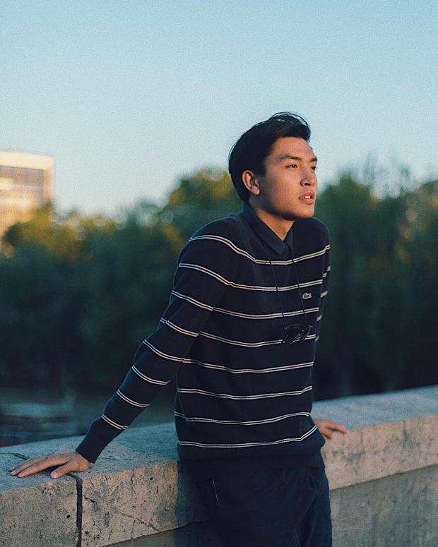 """Với phong cách lịch lãm nhưng vẫn trẻ trung, """"chú"""" Quang Đại tiếp tục chứng minh mình là nam thần soái ca của làng mốt Việt."""