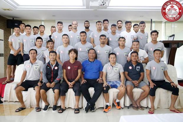 CLB TP.HCM đang có đội ngũ HLV hùng mạnh nhất V.League 2018.