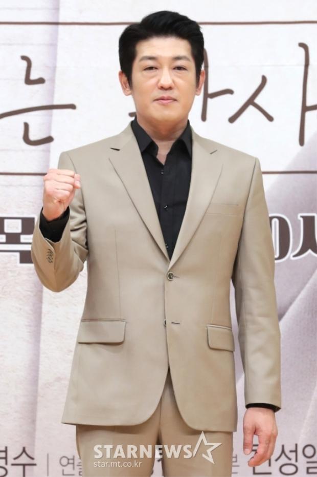 Heo Seung Tae.