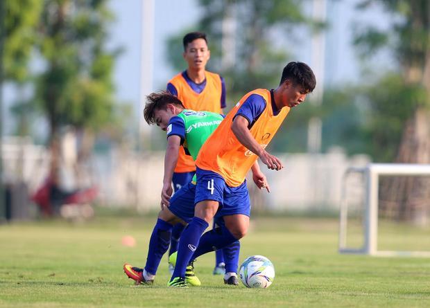 U23 Việt Nam đang luyện quân tại trung tâm PVF. Ảnh: HĐ