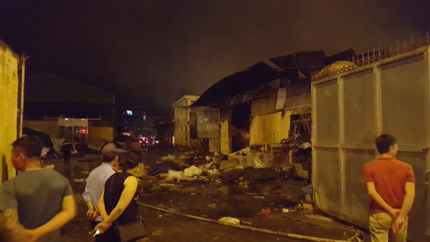 Nhiều khu vực trong chợ Gạo cháy tan hoang.