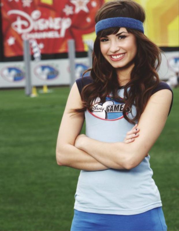 Nụ cười rạng ngời đó của Demi biết bao giờ mới lại xuất hiện lần nữa?