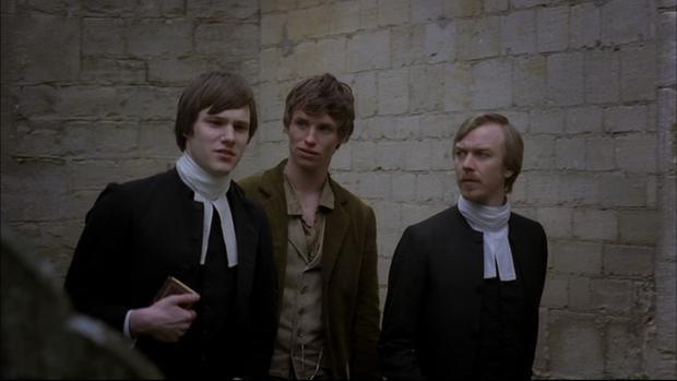 """Hugh Skinner (ngoài cùng, bên trái) trong """"Les Misérables""""."""