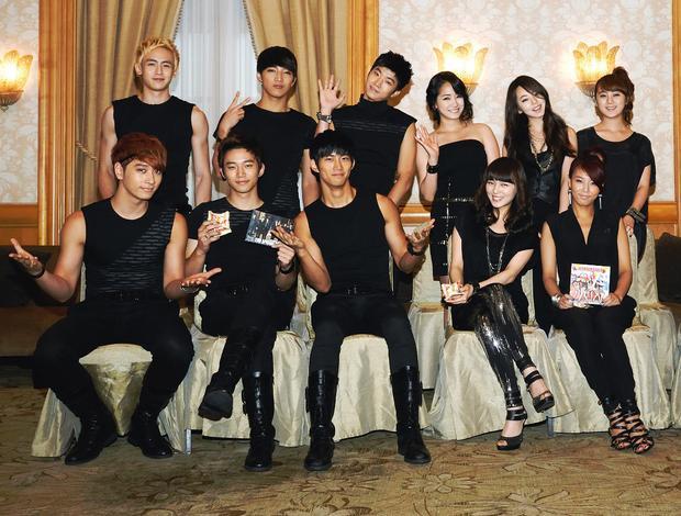 Công bố kế hoạch debut TWICE Japanese ver, JYP bị netizen ném đá không thương tiếc