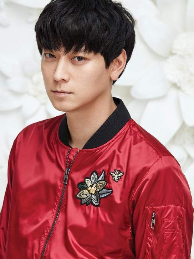 """Đứng thứ 5 trong danh sách là """"tài tử"""" Kang Dong Won cho dự án phim điện ảnh """"Inrang""""."""
