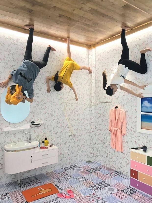 Địa điểm check in mới siêu xinh ở Đà Nẵng: Ngôi nhà úp ngược khiến mọi thứ đều bị đảo lộn