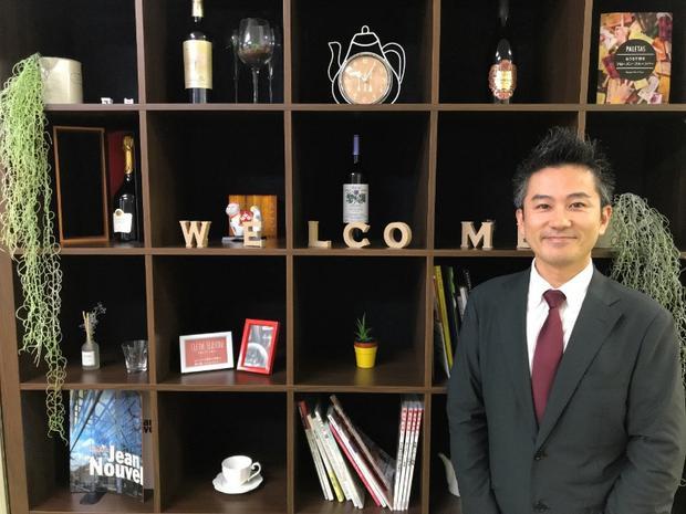 Ông OSAMU SHIDA, chuyên gia tư vấn chuỗi cửa hàng YUSA Tea & Coffee.