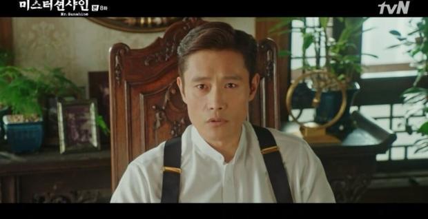 'Mr Sunshine': Tiểu thư Go Ae Shin chủ động ôm chầm Choi Yu Jin, chính thức xác nhận tình cảm của nhau?