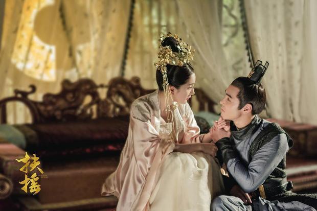 Thêm một nam thần nổi tiếng nhờ hợp tác với Dương Mịch là Nguyễn Kinh Thiên