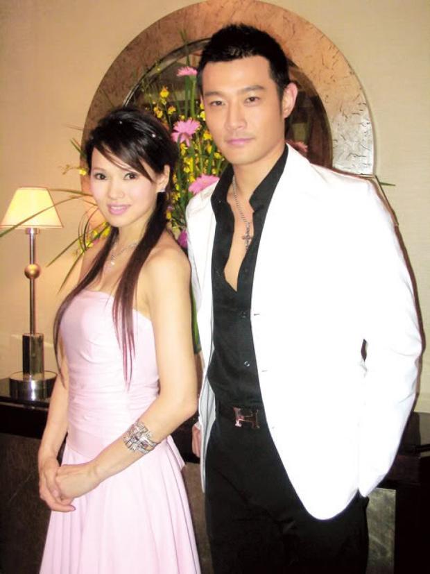Nếu không xuất hiện lùm xùm trở thành kẻ thứ 3, phá vỡ hạnh phúc gia đình nữ diễn viên Y Năng Tịnh, có lẽ hình ảnh Huỳnh Duy Đức sẽ hoàn hảo hơn với hàng loạt những vai diễn chính diện của mình.
