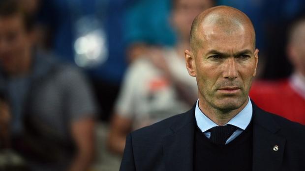 Zidane không hề thua kém Mourinho về thành tích huấn luyện. Ảnh: Goal.com.