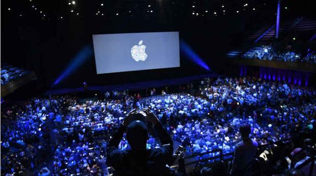 Sự kiện ra mắt iPhone mới luôn là một bữa tiệc công nghệ được nhiều người chờ đón.