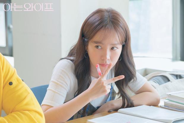 Mới tập 1, Người vợ thân quen của Han Ji Min  Ji Sung bị tố đạo nhái Cặp đôi vượt thời gian của Jang Na Ra