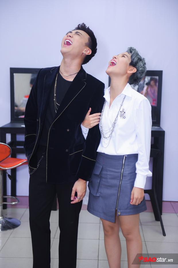 The Voice Kids 2018: Vũ Cát Tường giữ lời hứa… mặc váy và kết hợp tạo thành bộ đôi Sơn  Tường
