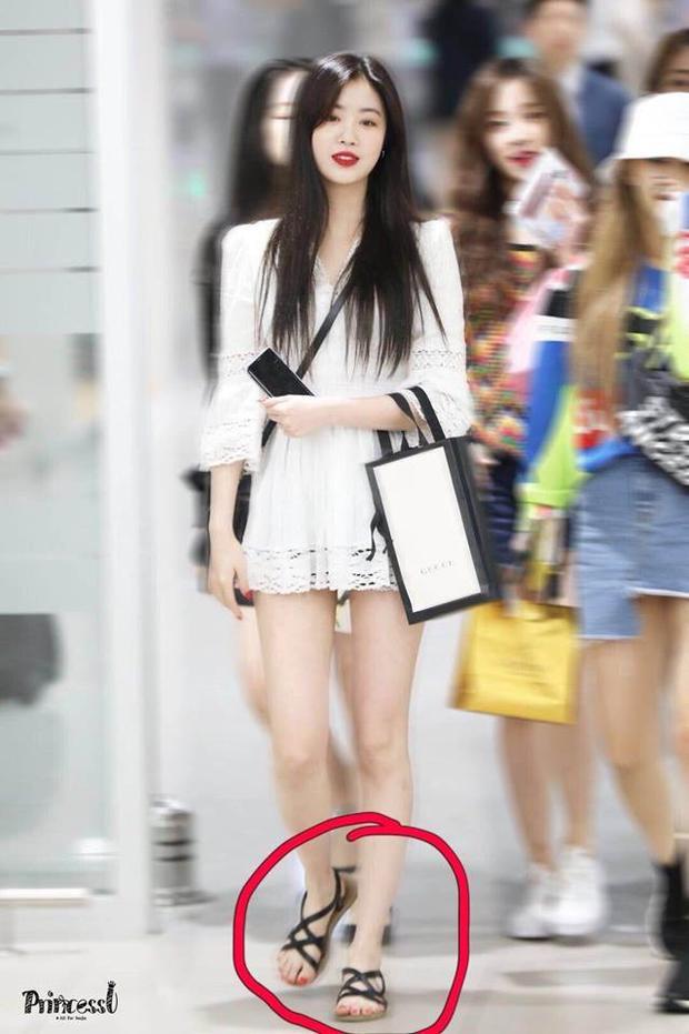 Cube muối mặt khi vừa bác bỏ tin hẹn hò, HyunA và E'Dawn lại lên tiếng xác nhận