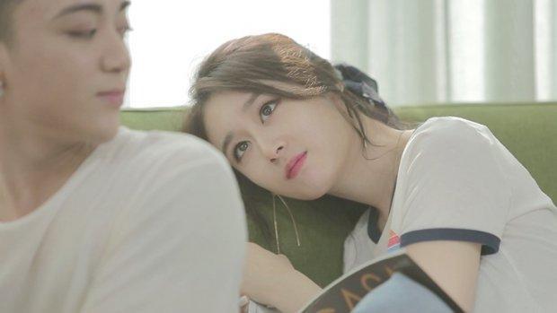 Đẹp nhất là em phiên bản tiếng Việt được chính Soobin Hoàng Sơn viết lời và sự thể hiện xuất sắc của Jiyeon khiến khán giả phải ngất ngây.
