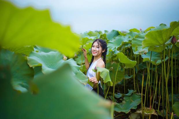 Cô nàng từng là Quán quân học sinh thanh lịch trường THPT Khánh Hòa (Thái Nguyên) năm 2016; top 32 Sinh viên thanh lịch trường Học Viện Tài Chính.