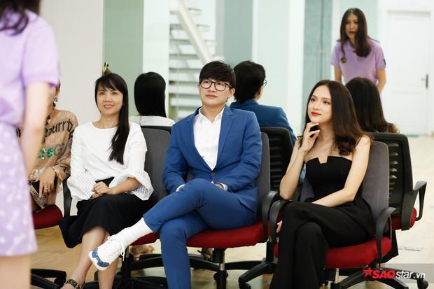 Ngoài ra buổi huấn luyện còn có sự tham gia củadược sĩ - tiến sĩ Tiến Phạm đại diệnBelo Medical Spa Clinic.