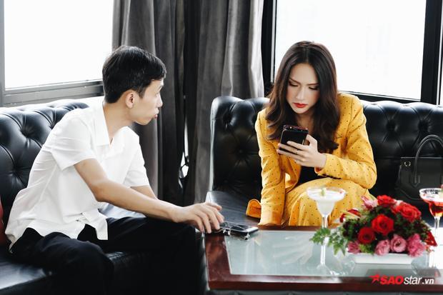 … mà HH Hương Giang đang làm host